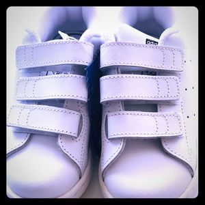 BNWB Adidas Stan Smith white size 9.5 kids